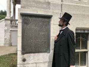 Lincoln at Courthouse marker